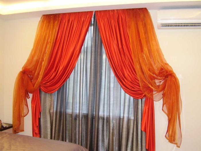 Фото шторы для окна 2 шторы